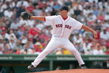 BOSTON - JULY 22:  Mark Malaska #46 of the Boston Red Sox pitches during the game against the Baltimore Orioles on July 22, 2004 at Fenway Park in Boston, Massachusetts.  The Orioles won 8-3. (Photo by Ezra Shaw/Getty Images)