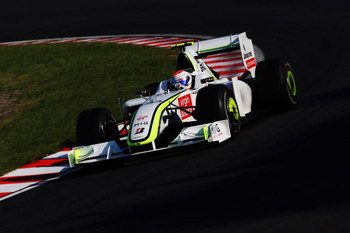 SUZUKA, JAPAN - OCTOBER 04:  Rubens Barrichello of Brazil and Brawn GP drives during the Japanese Formula One Grand Prix at Suzuka Circuit on October 4, 2009 in Suzuka, Japan.  (Photo by Mark Thompson/Getty Images)
