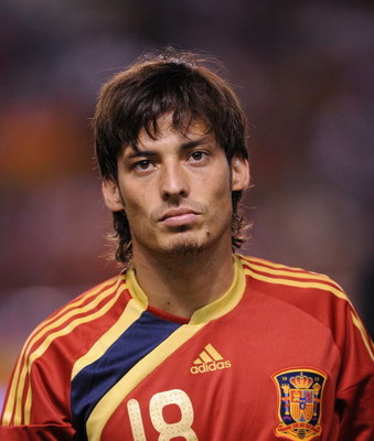 LA CORUNA, SPAIN - SEPTEMBER 05:  David Silva of Spain lines-up before the Group 5 FIFA2010 World Cup Qualifier match between Spain and Belgium at the Riazor stadium on September 5, 2009 in La Coruna, Spain.  (Photo by Denis Doyle/Getty Images)