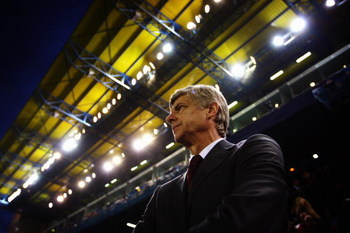 VILLARREAL, SPAIN - APRIL 07:  Manager of Arsenal Arsene Wenger looks on during the UEFA Champions League quarter-final first leg match between Villarreal and Arsenal at the Madrigal Stadium on April 7, 2009 in Villarreal, Spain.  (Photo by Jamie McDonald