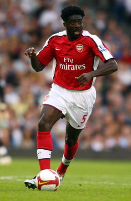 LONDON - AUGUST 23:  Kolo Toure of Arsenal in action during the Barclays Premier League match between Fulham and Arsenal at Craven Cottage on August 23, 2008 in London, England.  (Photo by Jamie McDonald/Getty Images)