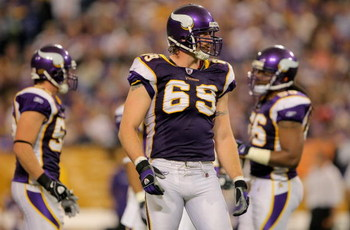 MINNEAPOLIS - OCTOBER 18:  Defensive end Jared Allen #69 of the Minnesota Vikings perpares for action against the Baltimore Raven during NFL action at Hubert H. Humphrey Metrodome on October 18, 2009 in Minneapolis, Minnesota. The Vikings defeated the Rav