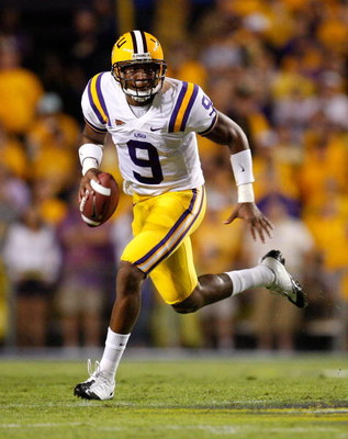 BATON ROUGE, LA - OCTOBER 10:  Quarterback Jordan Jefferson #9 of the Louisiana State University Tigers against the Florida Gators at Tiger Stadium on October 10, 2009 in Baton Rouge, Louisiana.  (Photo by Kevin C. Cox/Getty Images)