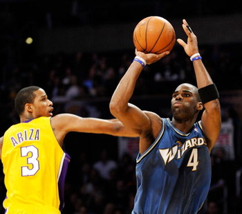 LOS ANGELES, CA - JANUARY 22:  Antawn Jamison #4 of the Washington Wizards scores on a jumper against Trevor Ariza #3 of the Los Angeles Lakers during the second quarter January 22, 2009 at the Staples Center in Los Angeles, California. NOTE TO USER: User