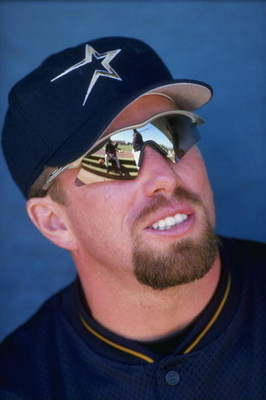4 Mar 1998:  Jeff Bagwell #5 of the Houston Astros looks on during a spring training game against the Montreal Expos at Osceola County Stadium in Kissimmee, Florida. The Astros defeated the Expos 4-0. Mandatory Credit: Matthew Stockman  /Allsport