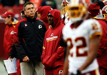 LANDOVER, MD - OCTOBER 18:  Washington Redskins head coach Jim Zorn watches from the sideline as his team loses to the Kansas Chiefs October 18, 2009 at FedEx Field in Landover, Maryland. The Chiefs won the game 14-6.  (Photo by Win McNamee/Getty Images)