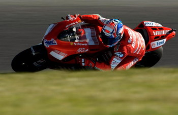 PHILLIP ISLAND, AUSTRALIA - OCTOBER 05:  Casey Stoner of Australia and the Ducati Team leads during the Australian MotoGP at the Phillip Island Circuit on October 5, 2008 in Phillip Island, Australia.  (Photo by Robert Cianflone/Getty Images)