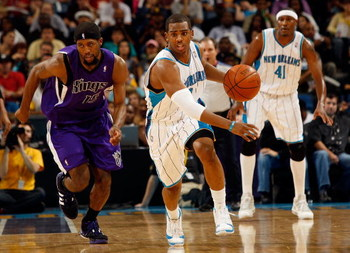 NEW ORLEANS - DECEMBER 20:  Chris Paul #3 of the New Orleans Hornets steals the ball from John Salmons #15 of the Sacramento Kings on December 20, 2008 in New Orleans, Louisiana.  NOTE TO USER: User expressly acknowledges and agrees that, by downloading a