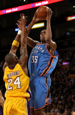 LOS ANGELES, CA - FEBRUARY 10:  Kevin Durant #35 of the Oklahoma City Thunder shoots over Kobe Bryant #24 of the Los Angeles Lakers on February 10, 2009 at Staples Center in Los Angeles, California.  The Lakers won 105-98.   NOTE TO USER: User expressly a