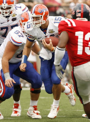 OXFORD, MS - SEPTEMBER 22: Tim Tebow #15 of the Florida Gators runs against the Mississippi Rebels on September 22, 2007 at Vaught-Hemingway Stadium/Hollingsworth Field in Oxford, Mississippi. Florida won  30-24. (Photo by Joe Murphy/Getty Images)