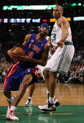 BOSTON - MAY 20:  Richard Hamilton #32 of the Detroit Pistons drives against P.J. Brown #93 of the Boston Celtics during Game One of the 2008 NBA Eastern Conference finals at the TD Banknorth Garden on May 20, 2008 in Boston, Massachusetts. NOTE TO USER: