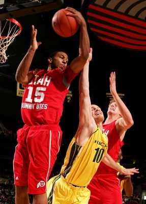PORTLAND, OR - DECEMBER 08:  Carlon Brown #15 of the Utah Utes battles for a rebound with Marty Leunen #10 of the Oregon Ducks at the Rose Garden on December 8, 2007 in Portland, Oregon.  (Photo by Jonathan Ferrey/Getty Images)