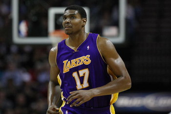 SAN ANTONIO - JANUARY 14:  Andrew Bynum #17 of the Los Angeles Lakers during play against the San Antonio Spurs on January 14, 2009 at AT&T Center in San Antonio, Texas.  NOTE TO USER: User expressly acknowledges and agrees that, by downloading and/or usi