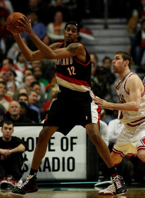 CHICAGO - JANUARY 12: LaMarcus Aldridge #12 of the Portland Trail Blazers moves against Andres Nocioni #5 of the Chicago Bulls on January 12, 2009 at the United Center in Chicago, Illinois. The Trail Blazers defeated the Bulls 109-95. NOTE TO USER: User e