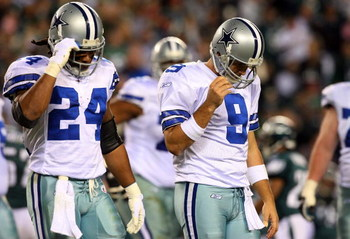 PHILADELPHIA - DECEMBER 28:  Tony Romo #9 and Marion Barber #24 of the Dallas Cowboys walk to the bench after losing possesion of the ball in the second half against the Philadelphia Eagles on December 28, 2008 at Lincoln Financial Field in Philadelphia,