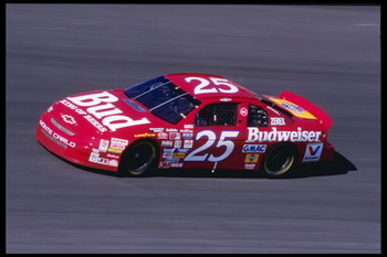 11 Nov 1995: Ken Schrader races in the Nascar NAPA 500 at the Atlanta Motor Speedway in Hampton, Georgia.
