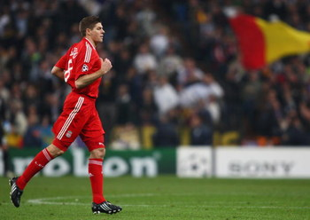 MADRID, SPAIN - FEBRUARY 25:  Steven Gerrard of Liverpool comes on as a substitute during the Champions League Round of 16, First Leg match between Real Madrid and Liverpool at the Estadio Santiago Bernabeu on February 25, 2009 in Madrid, Spain.  (Photo b