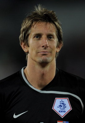 ROTTERDAM, NETHERLANDS - OCTOBER 11:  Edwin van der Sar of Holland lines up before the FIFA 2010 World Cup Qualifying Group 9 match between Netherlands and Iceland at the De Kuip Stadium on October 11, 2008 in Rotterdam, Netherlands.  (Photo by Shaun Bott