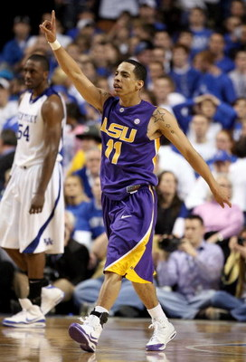 LEXINGTON, KY - FEBRUARY 28: Tasmin Mitchell #11 of the LSU Tigers celebrate the Tigers 73-70 victory over the Kentucky Wildcats during the SEC game at Rupp Arena on February 28, 2009 in Lexington, Kentucky.  (Photo by Andy Lyons/Getty Images)