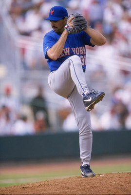 8 Mar 1998:  Pitcher John Franco of the New York Mets in action during a spring training game against the St. Louis Cardinals at the Roger Dean Stadium in Jupiter, Florida. The Mets defeated the Cardinals 5-4. Mandatory Credit: Stephen Dunn  /Allsport