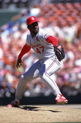 SAN DIEGO - 1990:  Lee Smith #47 of the St. Louis Cardinals pitches against the San Diego Padres during the 1990 season at Jack Murphy Stadium in San Diego, California.  (Photo by Stephen Dunn/Getty Images)