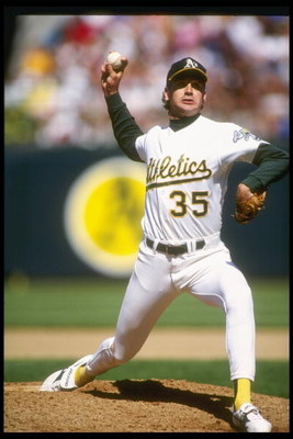 1991:  Pitcher Bob Welch of the Oakland Athletics prepares to throw the ball during a game against the Boston Red Sox. Mandatory Credit: Otto Greule  /Allsport