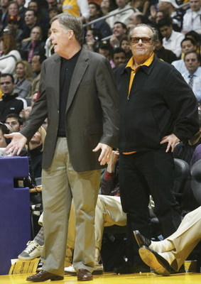 LOS ANGELES - JANUARY 27:  Actor and Laker fan Jack Nicholson smiles as head coach Mike Montgomery of the Golden State Warriors complains to the referees in the game with the Los Angeles Lakers on January 27, 2006 at Staples Center in Los Angeles, Califor