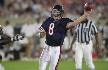 04 Aug 2001:  Cade McNown #8 of the Chicago Bears passses against the defense of the Cincinnati Bengals during the NFL pre-season game at Soldier Field in Chicago, IL. The Bears defeated the Bengals 16-13 in overtime. DIGITAL IMAGE Mandatory Credit: Jonat