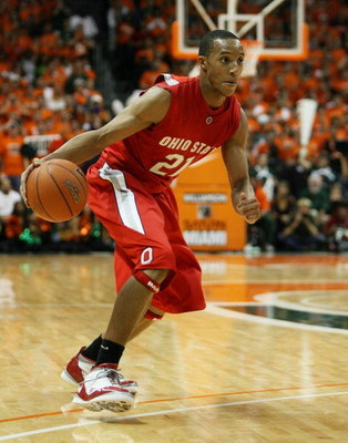 CORAL GABLES, FL - DECEMBER 02:  Evan Turner #21 of the Ohio State Buckeyes drives against the Miami Hurricanes at BankUnited Center on December 2, 2008 in Coral Gables, Florida. Ohio State defeated Miami 73-68.  (Photo by Doug Benc/Getty Images)