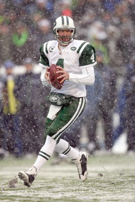 SEATTLE - DECEMBER 21:  Quarterback Brett Favre #4 of the New York Jets drops back to pass the ball during the game against the Seattle Seahawks on December 21, 2008 at Qwest Field in Seattle, Washington. The Seahawks defeated the Jets 13-3. (Photo by Ott