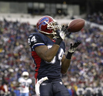 ORCHARD PARK, NY - DECEMBER 24:  Robert Royal #84 of the Buffalo Bills makes a potential touchdown catch but comes down out of bounds against the Tennessee Titans on December 24, 2006 at Ralph Wilson Stadium in Orchard Park, New York. The Titans defeated