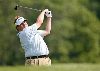 DUBLIN, OH - MAY 31:  Tim Herron hits his tee shot on the 3rd hole during the first round of The Memorial at Muirfield Village Golf Club May 31, 2007 in Dublin, Ohio.  (Photo by Hunter Martin/Getty Images) 
