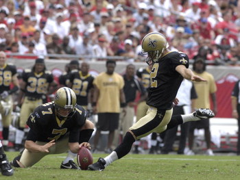 TAMPA, FL - SEPTEMBER 16:  Kicker Olindo Mare #2 of  the New Orleans Saints converts a field goal against the the Tampa Bay Buccaneers  during a week-two NFL game on September 16, 2007 in Tampa, Florida.  The Bucs won 31 - 14.(Photo by Al Messerschmidt/Ge