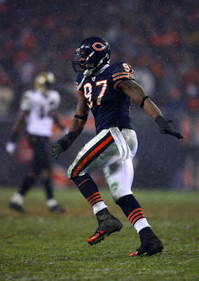 CHICAGO - JANUARY 21:  Mark Anderson #97 of the Chicago Bears celebrates against the New Orleans Saints during the NFC Championship Game January 21, 2007 at Soldier Field in Chicago, Illinois. The Bears won 39-14.  (Photo by Al Bello/Getty Images)