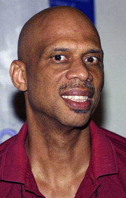 SANTA MONICA - OCTOBER 26:  Former Los Angeles Laker Kareem Abdul Jabaar attends the Annenberg Foundation Youth I. N. C. Net Gain 2003 Celebrity Basketball Game at Crossroads High School on October 26, 2003 in Santa Monica, California.  (Photo by Frederic