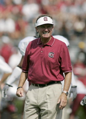 COLUMBIA, SC - SEPTEMBER 17:   Head coach Steve Spurrier of the University of South Carolina Gamecocks watches the game against the University of Alabama Crimson Tide on September 17, 2005, at Williams-Brice Stadium in Columbia, South Carolina. The Crimso