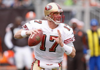 CLEVELAND - DECEMBER 30:  Chris Weinke #17 of the San Francisco 49ers looks for an open receiver against the Cleveland Browns on December 30, 2007 at Cleveland Browns Stadium in Cleveland, Ohio. (Photo By Gregory Shamus/Getty Images)