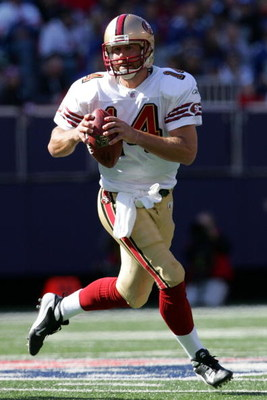 EAST RUTHERFORD, NJ - OCTOBER 19: Quarterback J.T. O'Sullivan of the San Francisco 49ers prepares to throw the ball against the New York Giants on October 19, 2008 at Giant Stadium in East Rutherford, New Jersey. The Giants defeated the 49ers 29-17. (Phot