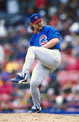 18 Apr 1999: Pitcher Rod Beck #47 of the Chicago Cubs winds back to throw the ball during the game against the Milwaukee Brewers at the County Stadium in Milwaukee, Wisconsin. The Cubs defeated the Brewers 6-5. Mandatory Credit: Matthew Stockman  /Allspor