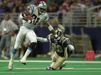 5 Nov 2000:  #81 Donald Hayes of the Carolina Panthers shoves off  #20 Taje Allen of the St. Louis Rams at the Trans World Dome in St. Louis, Missouri. The Panthers beat the Rams 27-24. DIGITAL IMAGE. Mandatory Credit: Elsa/ALLSPORT
