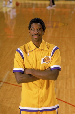 LOS ANGELES - 1988:  NBA All Star A.C. Green #45 of the Los Angeles Lakers poses for a portrait on the court at the Great Western Forum in Los Angeles, California in 1988. (Photo by: Mike Powell/Getty Images)