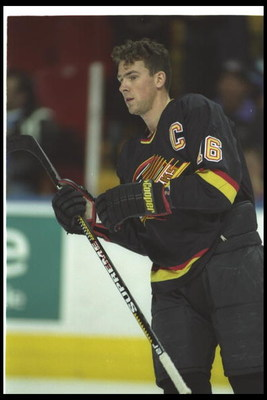 1993-1994:  Rightwinger Trevor Linden of the Vancouver Canucks. Mandatory Credit: Robert Laberge  /Allsport