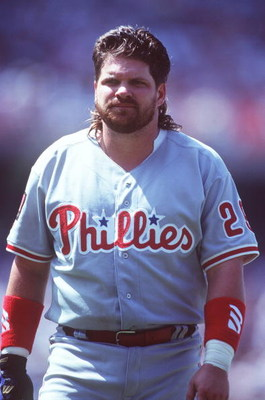 3 JUL 1994:  JOHN KRUK OF THE PHILADELPHIA PHILLIES DURING THE VISIT TO THE LOS ANGELES DODGERS AT DODGER STADIUM. Mandatory Credit: AL BELLO/ALLSPORT