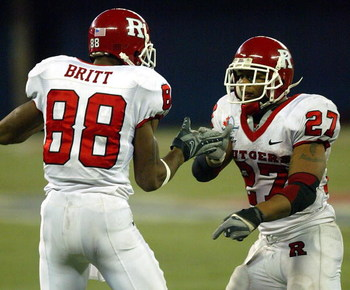 TORONTO - JANUARY 5:  Ray Rice #27 and Kenny Britt #88 both of the Rutgers Scarlet Knights celebrate one of Rice's 4 touchdowns against the Ball State Cardinals during the International Bowl at the Rogers Centre on January 5, 2008 in Toronto, Ontario, Can