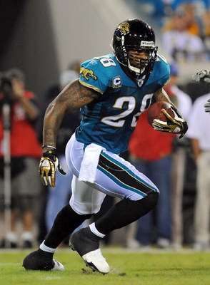 JACKSONVILLE, FL - OCTOBER 05:  Fred Taylor #28 of the Jacksonville Jaguars runs for yardage in a game against the Pittsburgh Steelers at Jacksonville Municipal Stadium on October 5, 2008 in Jacksonville, Florida.  (Photo by Sam Greenwood/Getty Images)