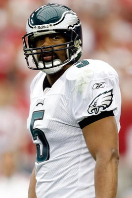GLENDALE, AZ - JANUARY 18:  Quarterback Donovan McNabb #5 of the Philadelphia Eagles looks on during the NFC championship game against the Arizona Cardinals on January 18, 2009 at University of Phoenix Stadium in Glendale, Arizona.  (Photo by Jamie Squire