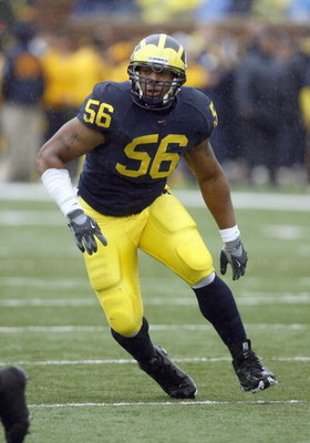 ANN ARBOR, MI - OCTOBER 28:  LaMarr Woodley #56 of the Northwestern Wildcats moves on the field during the game against the Michigan Wolverines on October 28, 2006 at Michigan Stadium in Ann Arbor, Michigan. (Photo By Gregory Shamus/Getty Images)