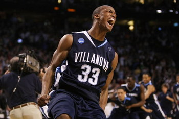 BOSTON - MARCH 28:  Dante Cunningham #33 of the Villanova Wildcats celebrates defeating the Pittsburgh Panthersduring the NCAA Men's Basketball Tournament East Regionals at TD Banknorth Garden on March 28, 2009 in Boston, Massachusetts.  (Photo by Elsa/Ge