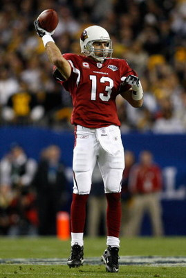 TAMPA, FL - FEBRUARY 01:  Kurt Warner #13 of the Arizona Cardinals passes against the Pittsburgh Steelers during Super Bowl XLIII on February 1, 2009 at Raymond James Stadium in Tampa, Florida.  (Photo by Chris Graythen/Getty Images)