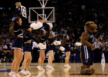 BOSTON - MARCH 28:  The Villanova Wildcat and cheerleaders perform as Villanova takes on the Pittsburgh Panthers during the NCAA Men's Basketball Tournament East Regionals at TD Banknorth Garden on March 28, 2009 in Boston, Massachusetts.  (Photo by Elsa/
